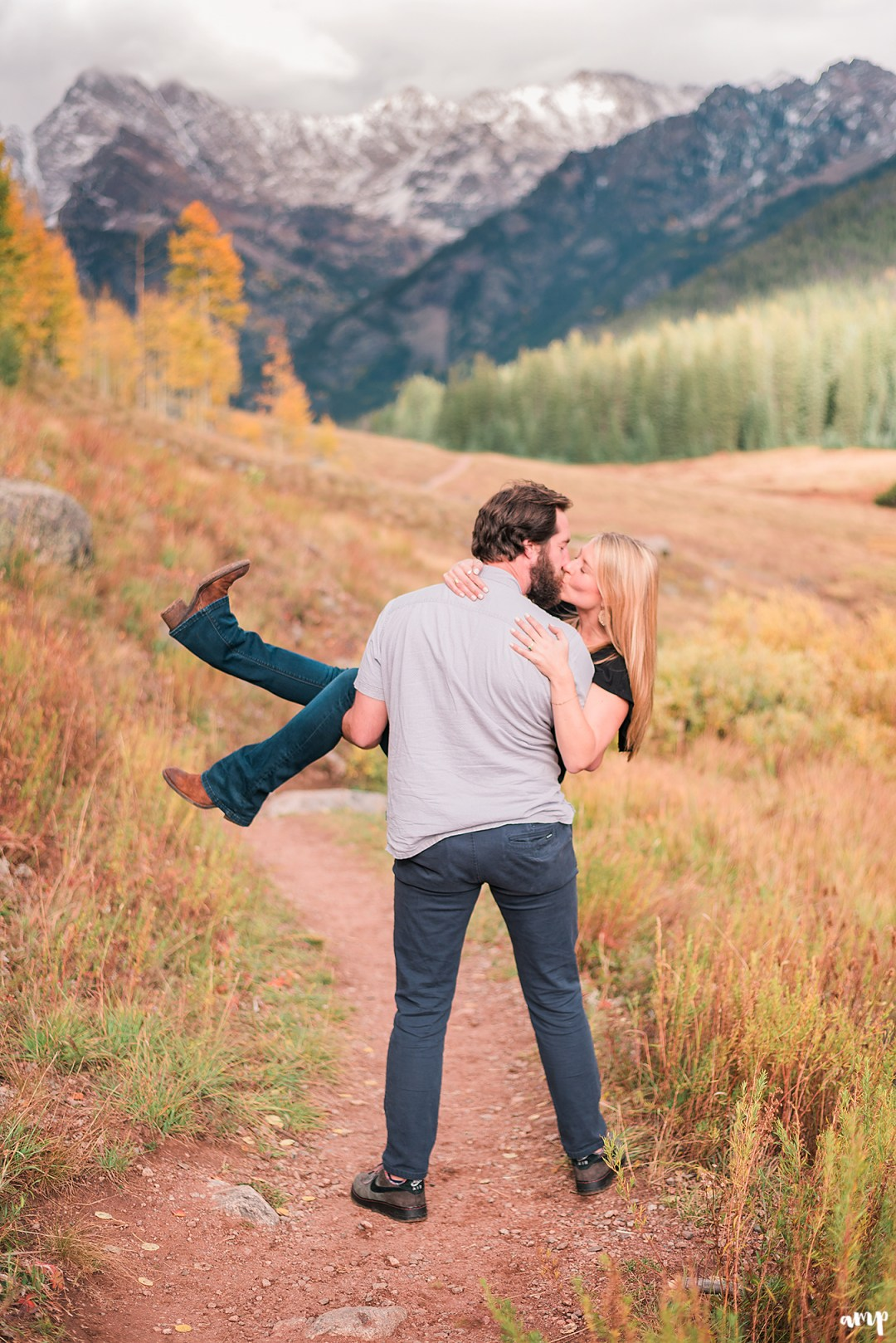 Fall engagement photos at Piney River Ranch