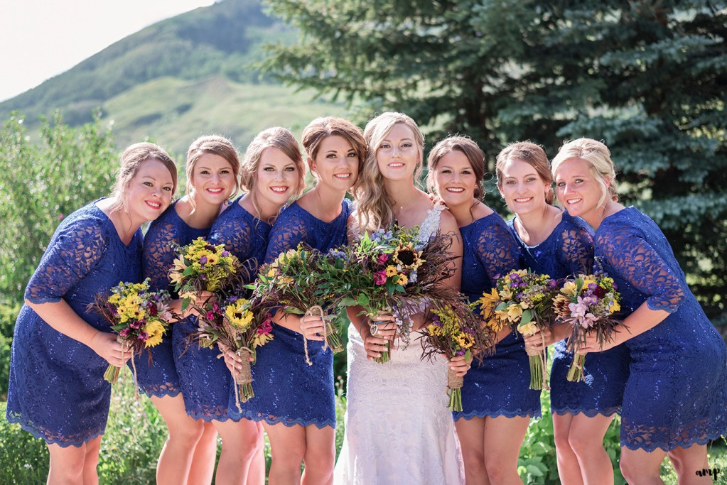 Colorful Weddings: Bridesmaids Bouquets