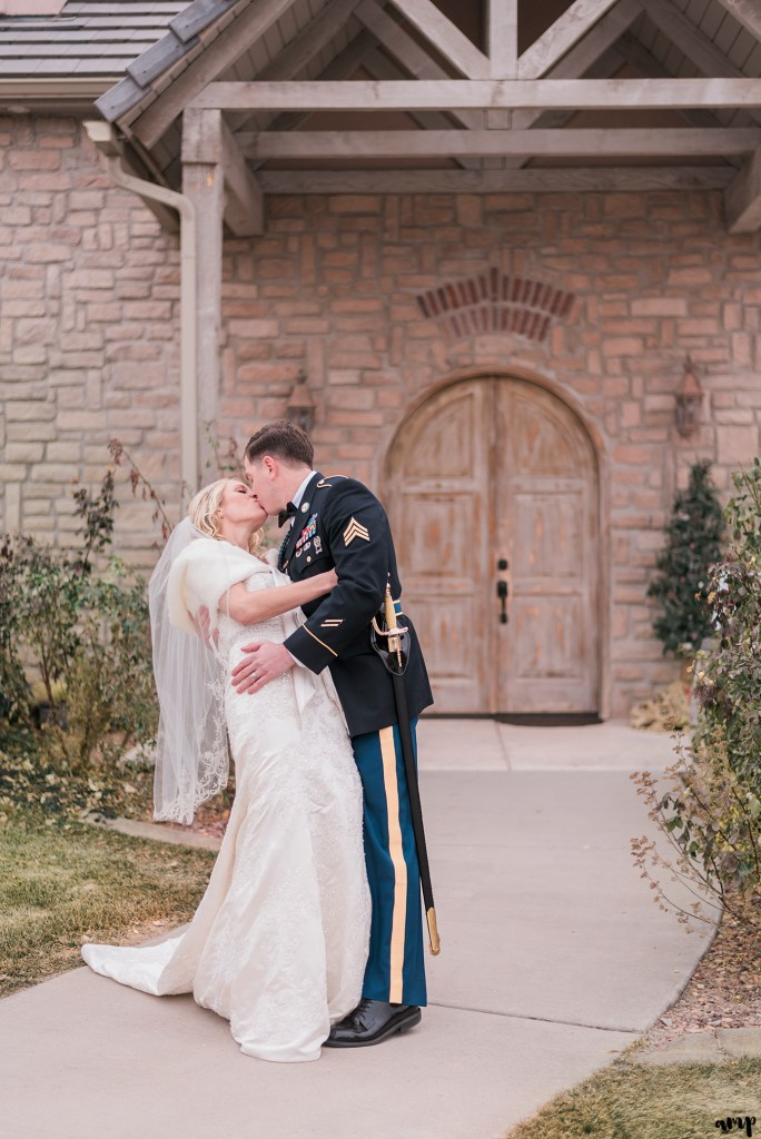 Winter Wedding at Two Rivers Winery in Grand Junction   amanda.matilda.photography