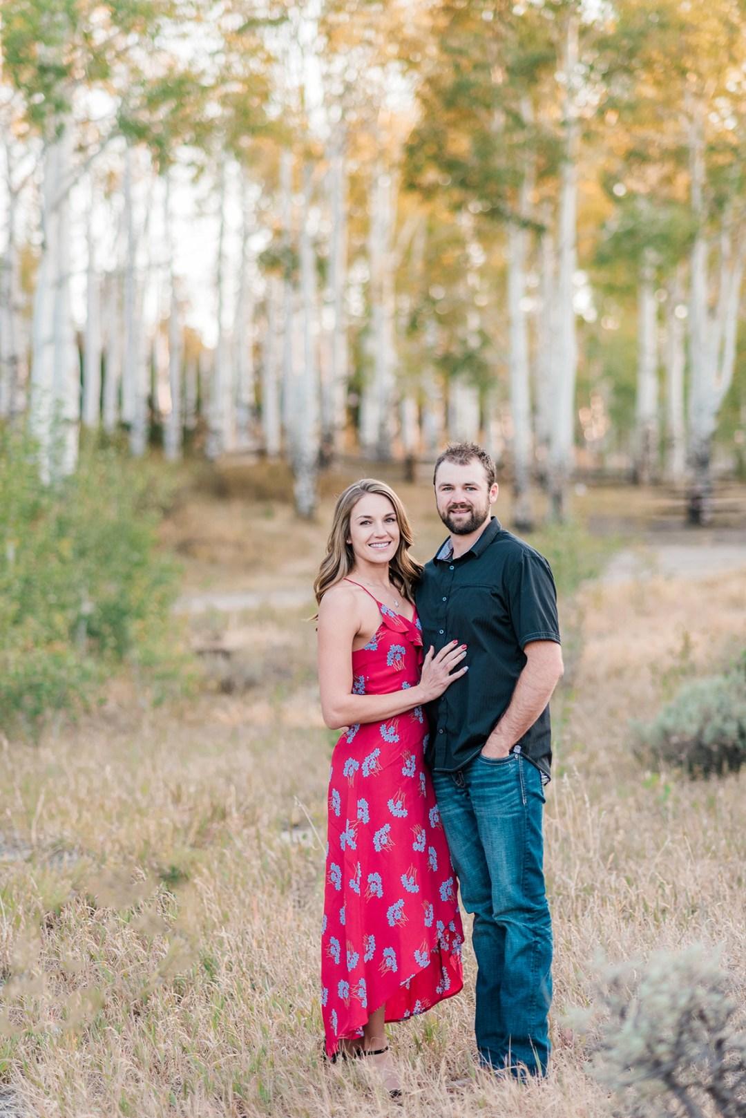 Garrett & Jennis | Fall Engagement Photos on Glade Park
