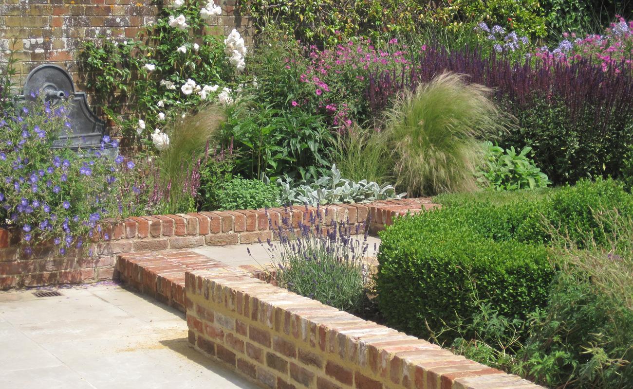 Small Garden Pond Design Ideas