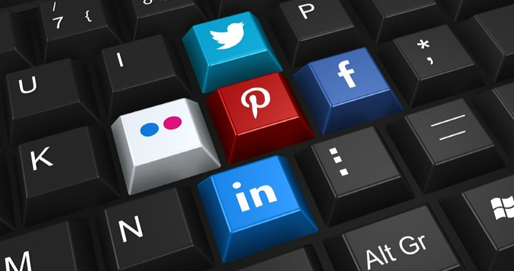 amandaricks.com/social-media-icons/