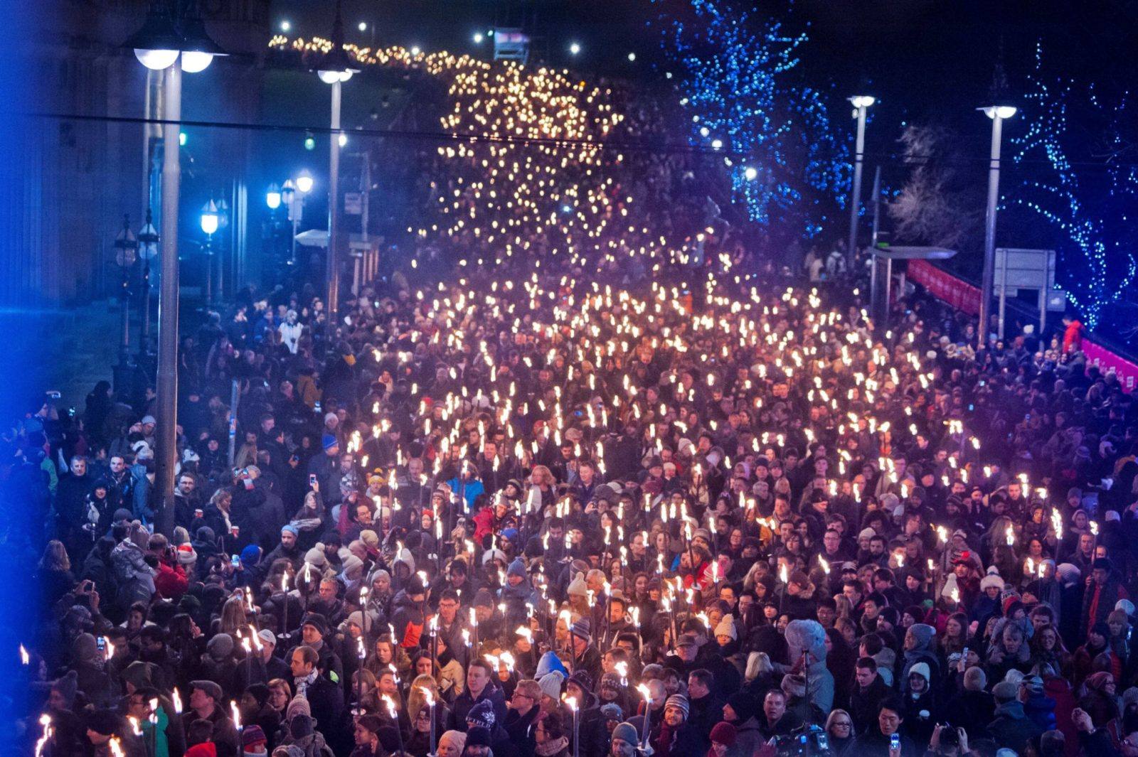 Credit Lloyd Smith torchlight procession at Hogmanay in Edinburgh