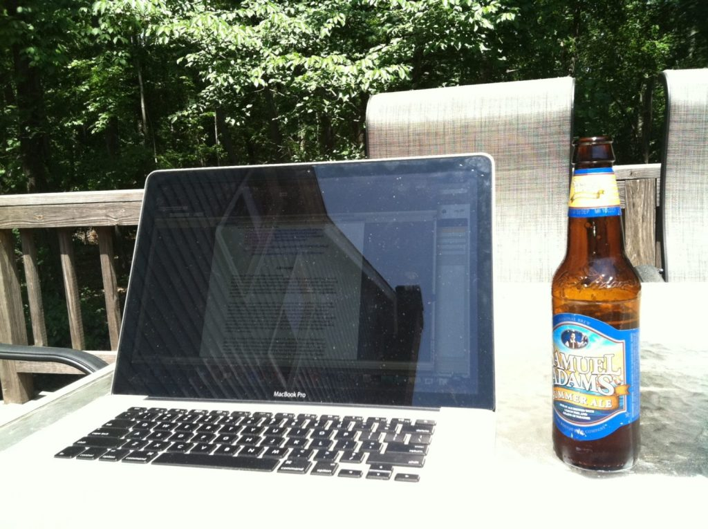 Freelance writers can work outside and enjoy the sunshine