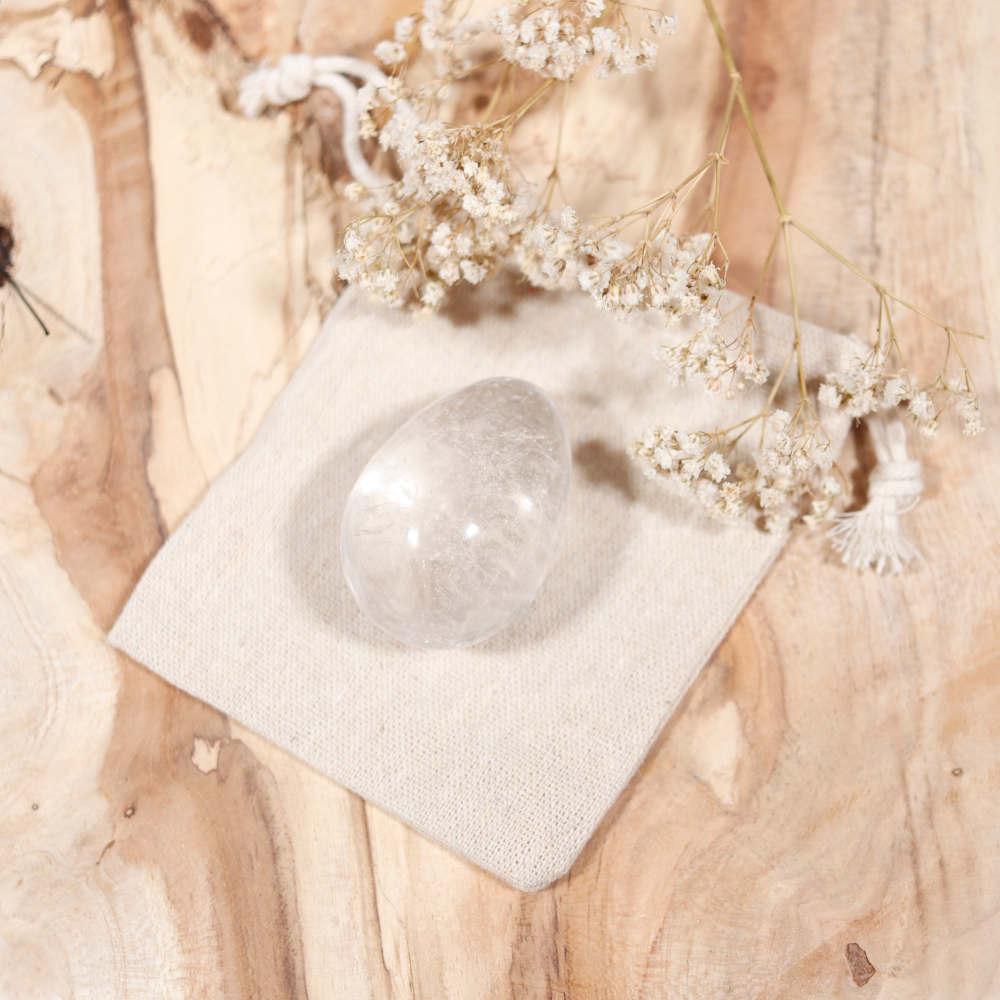Œuf de yoni en cristal de roche, très grand modèle