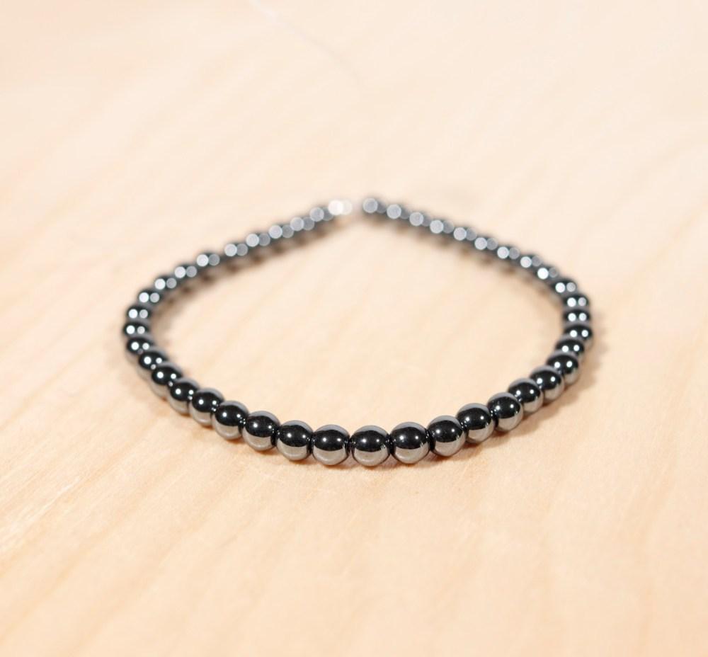 Bracelet en hématite, 4 mm