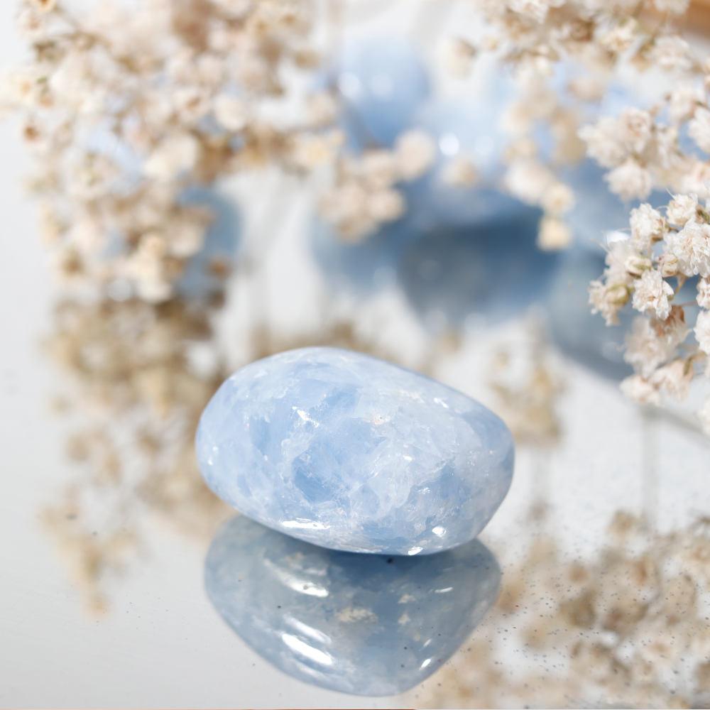Calcite bleue roulée