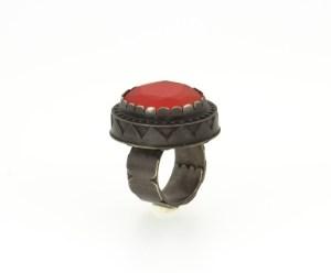 Glass. contemporary jewelry. art in jewelry. Jewelry design Joyería Barcelona Diseño Barcelona Arte Barcelona.