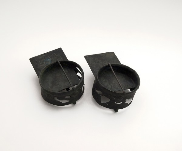Pendientes, Kreis Quadrat, black. Julika Müller. Joyería Barcelona. Joyas contemporáneas . Contemporary jewelry. joyería diferente.