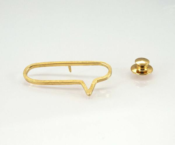 Broche de solapa.joyas para hombre. Contemporary jewelry. art in jewelry. 當代珠寶。 珠寶中的藝術。現代的なジュエリー。 ジュエリーのアート。 Jewelry design Joyería Barcelona Diseño Barcelona Arte Barcelona