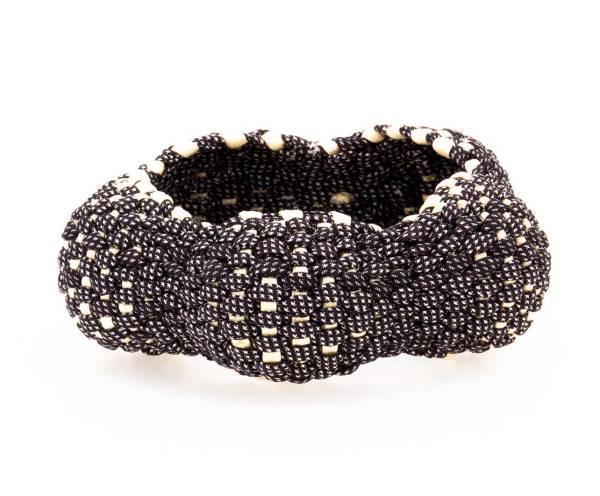 Joyería Barcelona. brazalete textil. seda trenzada. artesanía. silk woven bracelet