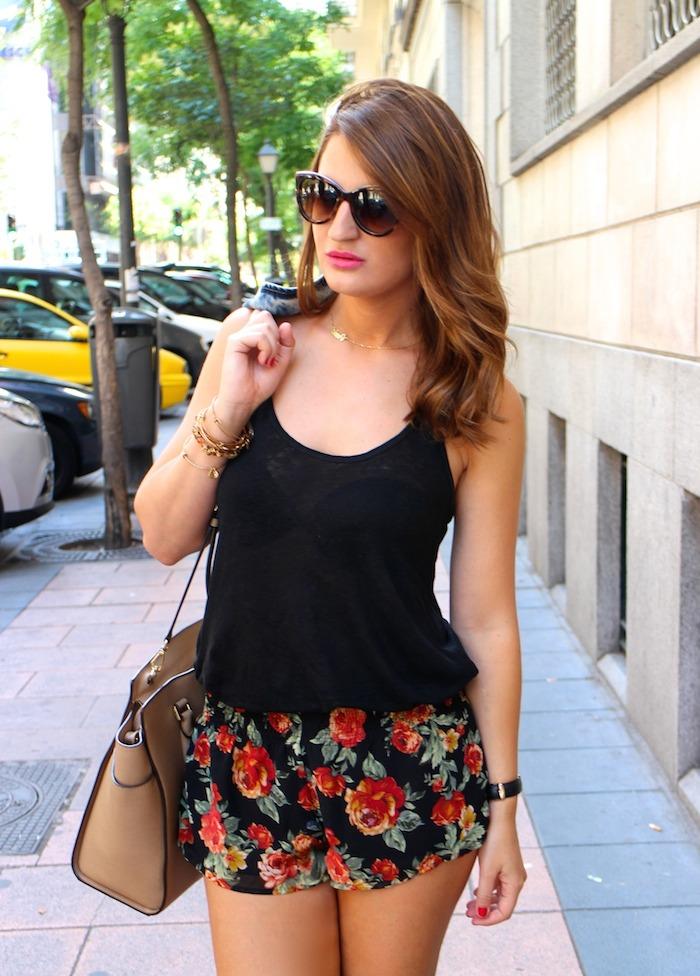 shorts forever 21 amaras la moda,hym sandals michael kors bag denim vest zara Amarás la moda 4