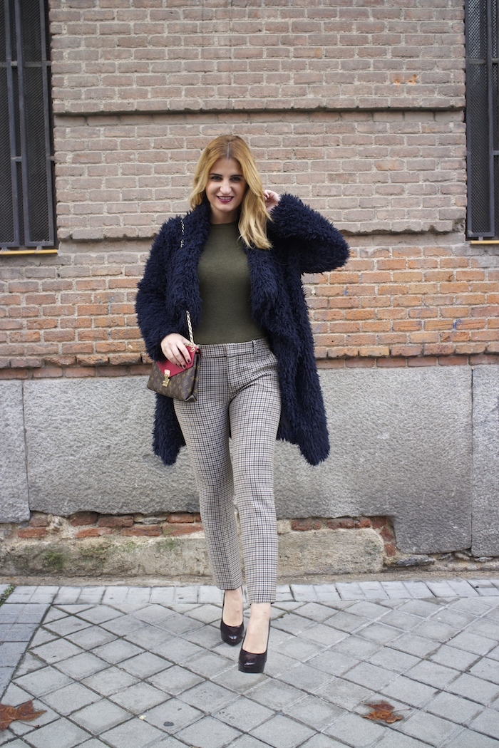 louis vuitton bag zara pants amaras la moda Paula Fraile9