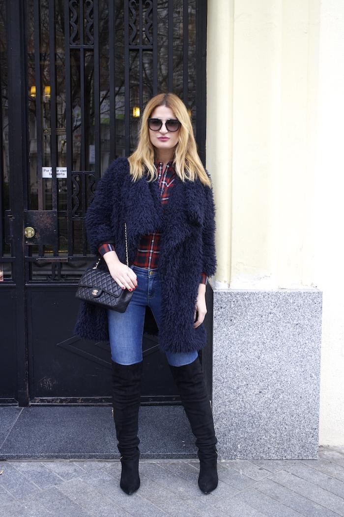 Paula Fraile amaras la moda over the knee boots la redoute shirt chanel bag