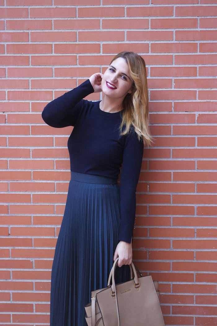 falda plisada Zara zapatos LK Bennett michael kors bag amaras la moda Paula Fraile.2