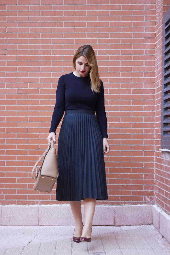 falda plisada Zara zapatos LK Bennett michael kors bag amaras la moda Paula Fraile.5