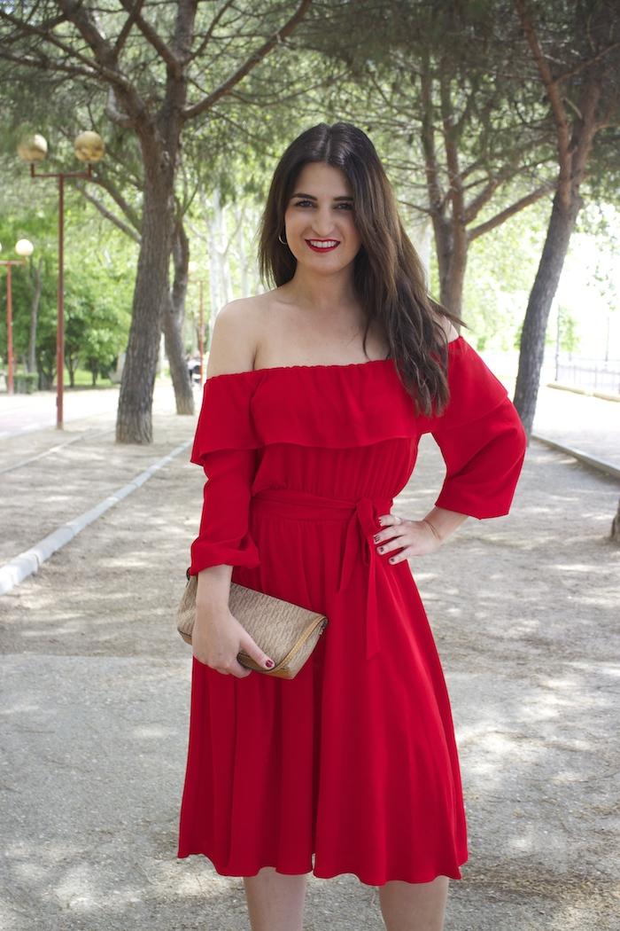 tintoretto mujer amaras la moda vestido rojo escote brigitte paula fraile stiletto sergio rossi.2