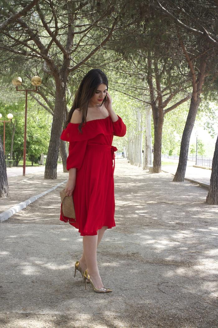 tintoretto mujer amaras la moda vestido rojo escote brigitte paula fraile stiletto sergio rossi.3