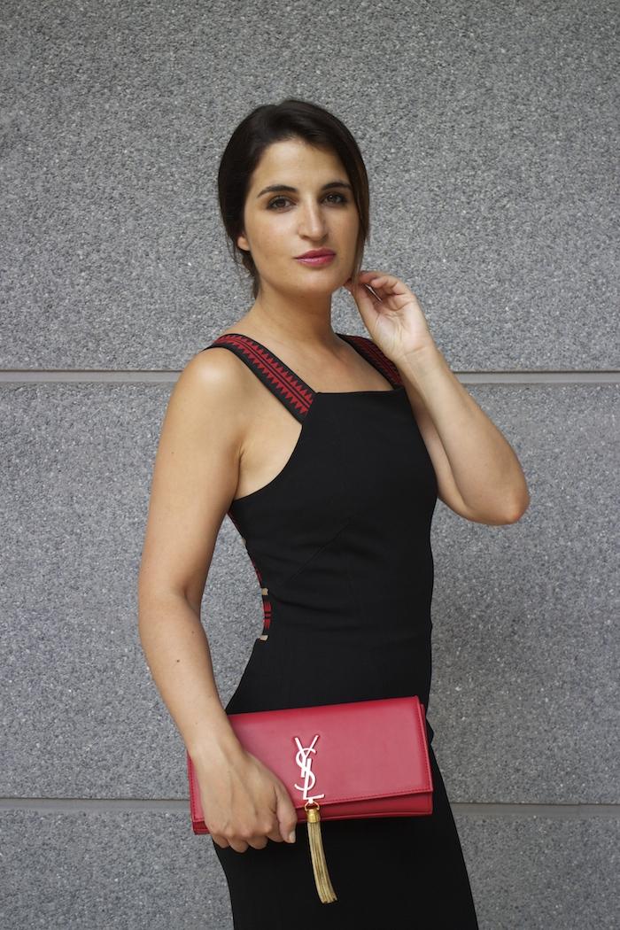 versace dress amaras la moda back carolina herrera heels yves saint laurent bag.10