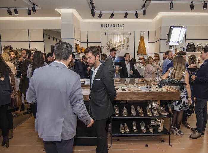 inauguracion-flagship-store-hispanitas-amaras-la-moda-paula-fraile11
