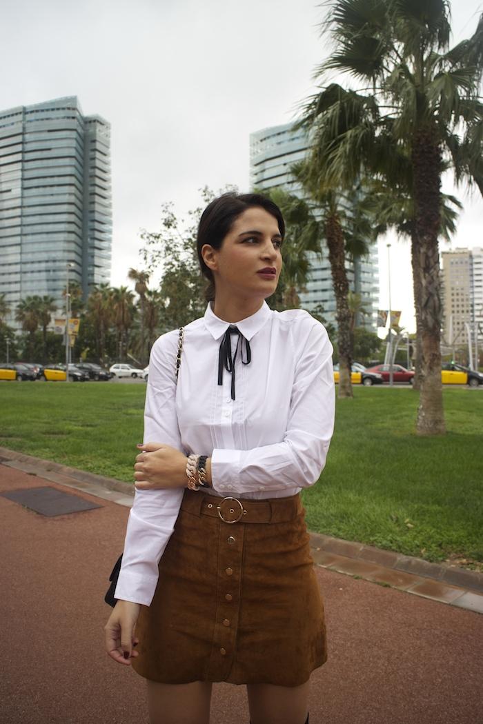 barcelona-embajadora-pulseras-the-rubz-over-the-knee-boots-camisa-la-redoute-amaras-la-moda-paula-fraile4