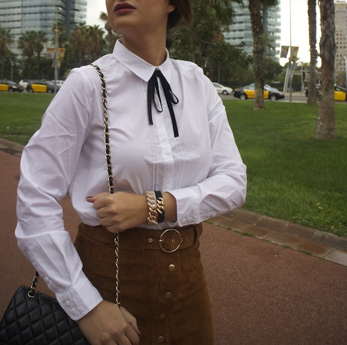 barcelona-embajadora-pulseras-the-rubz-over-the-knee-boots-camisa-la-redoute-amaras-la-moda-paula-fraile6