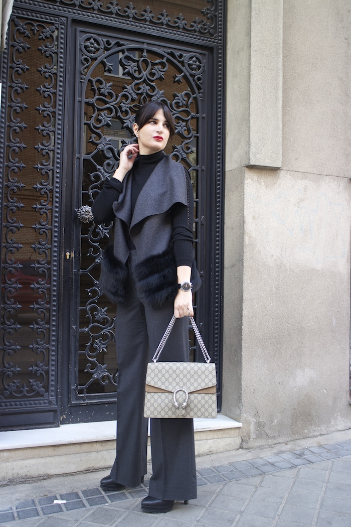 conjunto Carolina Herrera Gucci Dionysus amaras la moda paula fraile