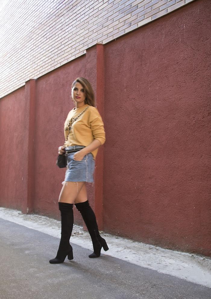 follow your karma sudadera zara falda denim tweed pendientes tiahra madrid paula fraile amaras la moda5