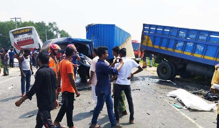 Tangail-accident-2109240624.jpg