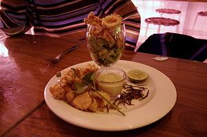 20041129_peep_dinner_fuzzy_squid