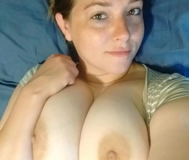 Selfie Of Soft Big Boobs Amateur Girl On Bed