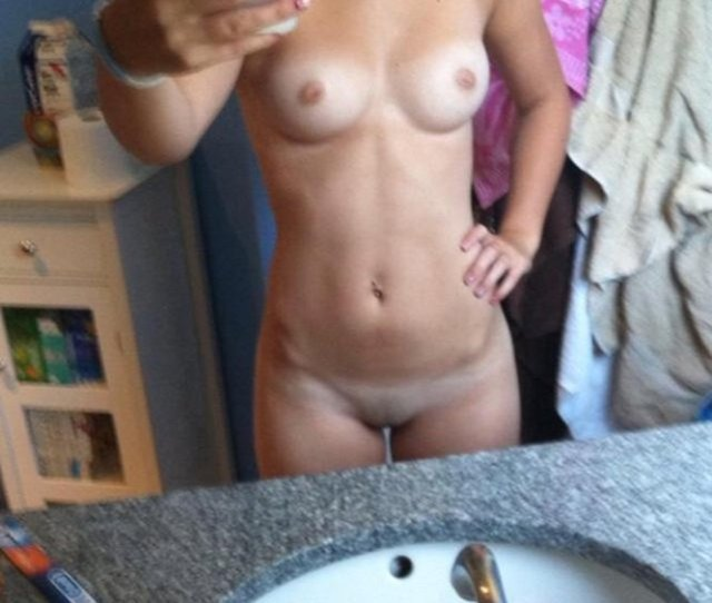 Young Naked Teens Nude With Tanlines Pic In Bathroom
