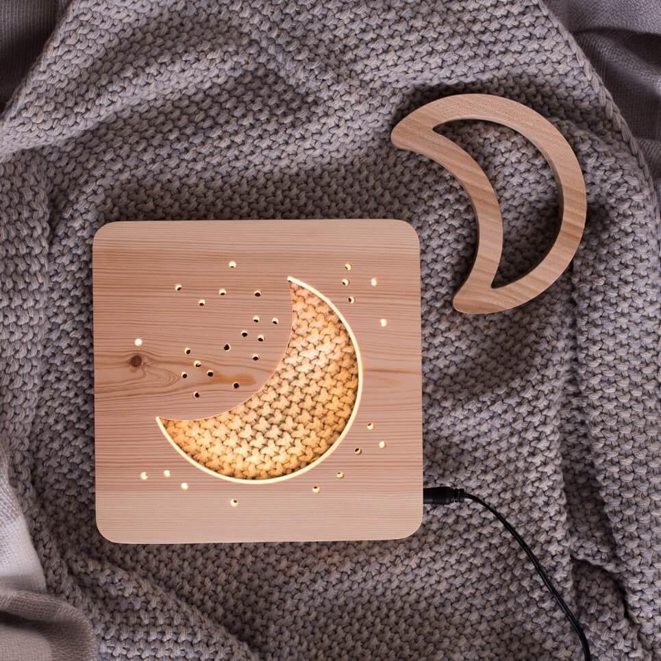 MSHWLH004 – Moon Nursery Lamp – Pine Wood