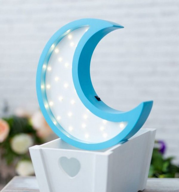 MSHWLH015 – Moon Wooden Night Light – White and Blue – 4