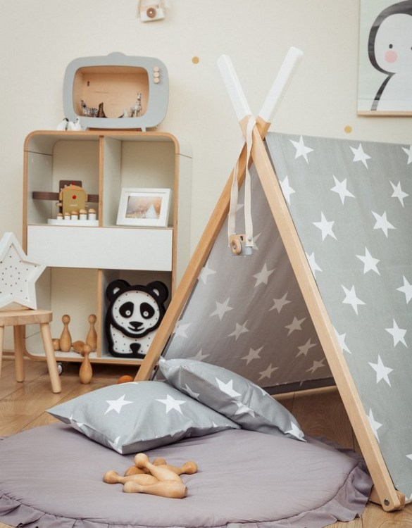 Perfect for girls and boys, the Big Stars Kids' Playhouse Set is a stunning keepsake play tent - ideal for pretending afternoon tea parties, picnics, and role-playing games.