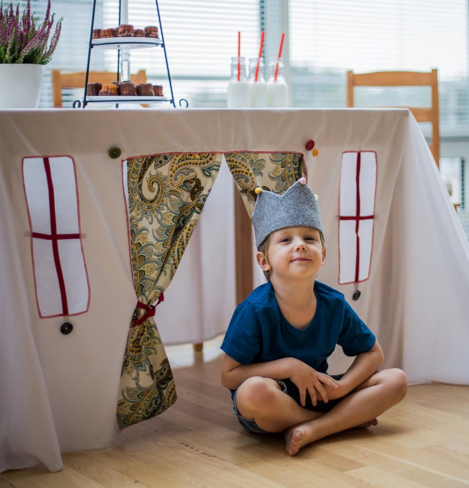 Cou-Cou Tablecloth Playhouse – 5