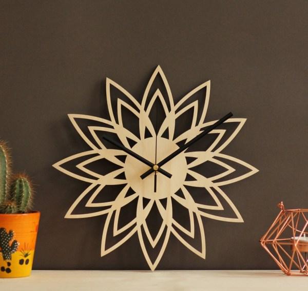 Retro Art Wooden Wall Clock