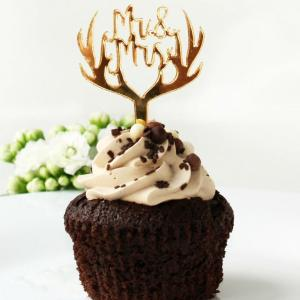Perfect for weddings, birthday parties, and corporate events, the Antler Gold Cupcake Topper looks great for any occasion and will go with any color scheme.