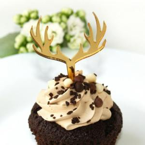 Perfect for weddings, birthday parties, and corporate events, the Deer Gold Cupcake Topper looks great for any occasion and will go with any color scheme.