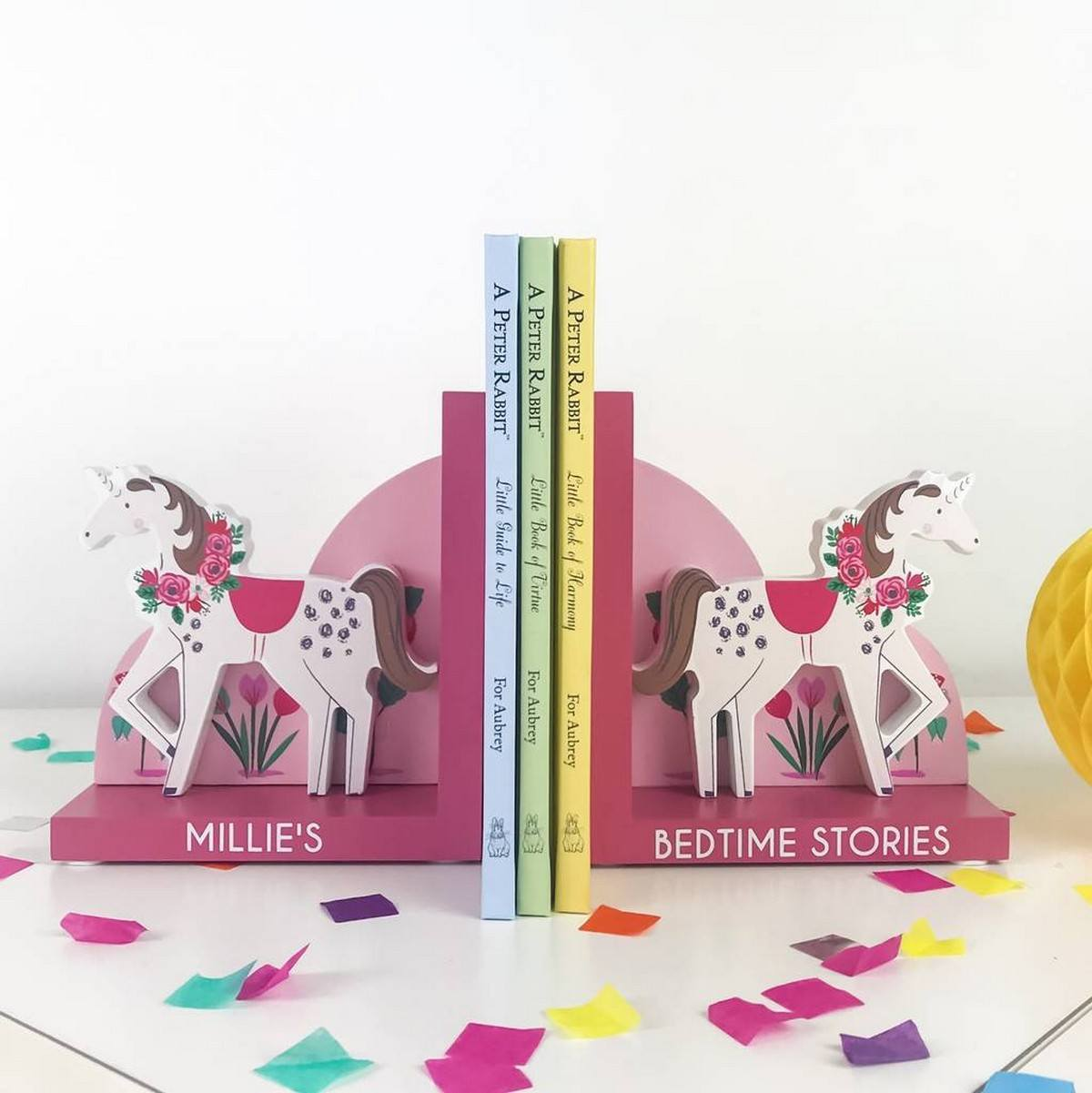 Unicorns are adorable! Whether you are a kid or just love all kinds of fantasy and magic creatures, unicorns are right what can bring a cool and whimsy touch to your space. Here are some ideas to do that with style.