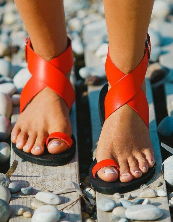 Just what every summer wardrobe needs, the Dione Coral Red Greek Leather Sandal is every woman's dream pair, super comfy and elegant, and easily combined with any outfit.