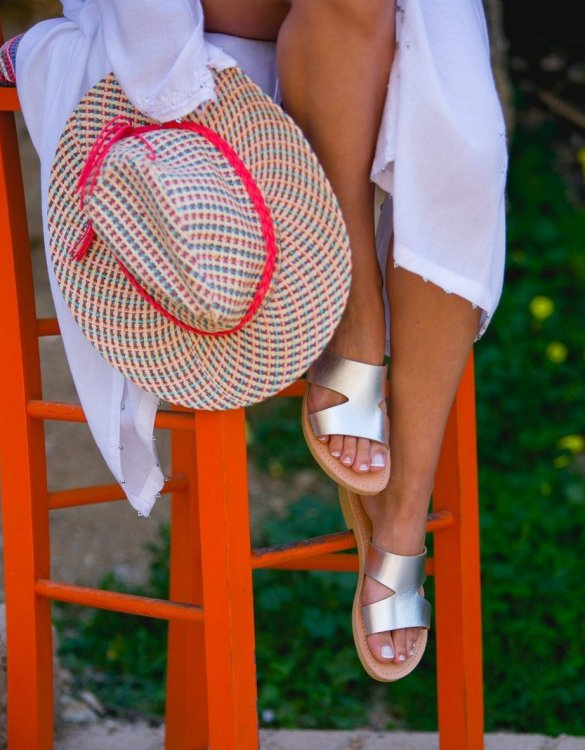 Just what every summer wardrobe needs, the Pythia Silver Greek Leather Sandal is every woman's dream pair, super comfy and elegant, and easily combined with any outfit.