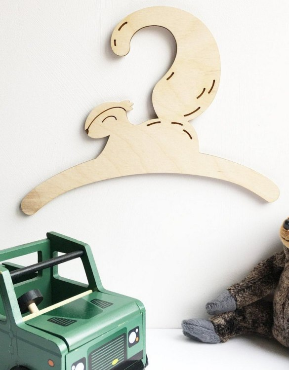 A sweet way to hang your baby clothes or to use as an everyday storage solution, the Little Squirrel Baby Coat Hanger adds a touch of elegance to your wardrobe or downstairs coat closet.
