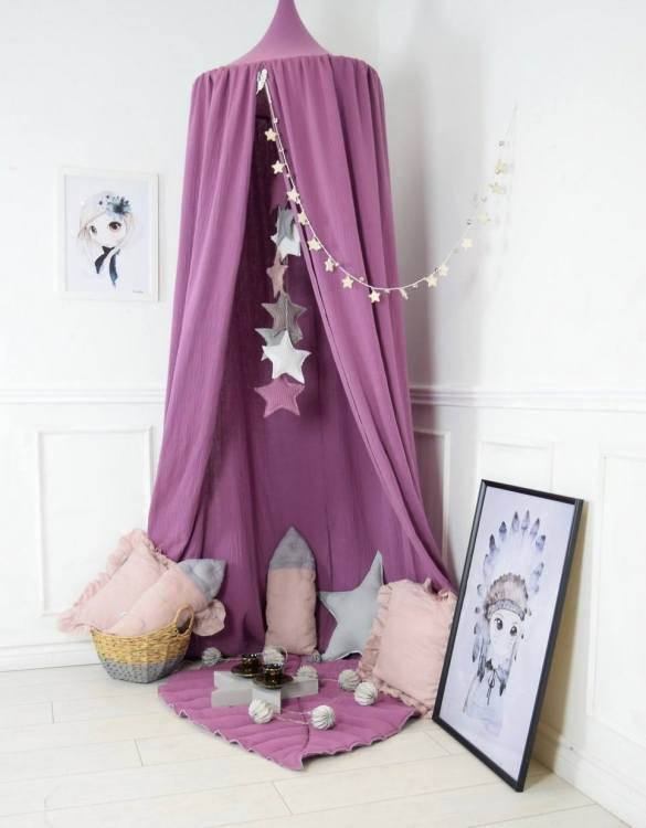 A super cosy retreat, the Baldachin Blueberry Pink Children's Bed Canopy create a fun fairytale-like environment in your child's bedroom.