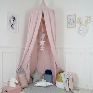 A super cosy retreat, the Baldachin Princess Children's Bed Canopy create a fun fairytale-like environment in your child's bedroom.