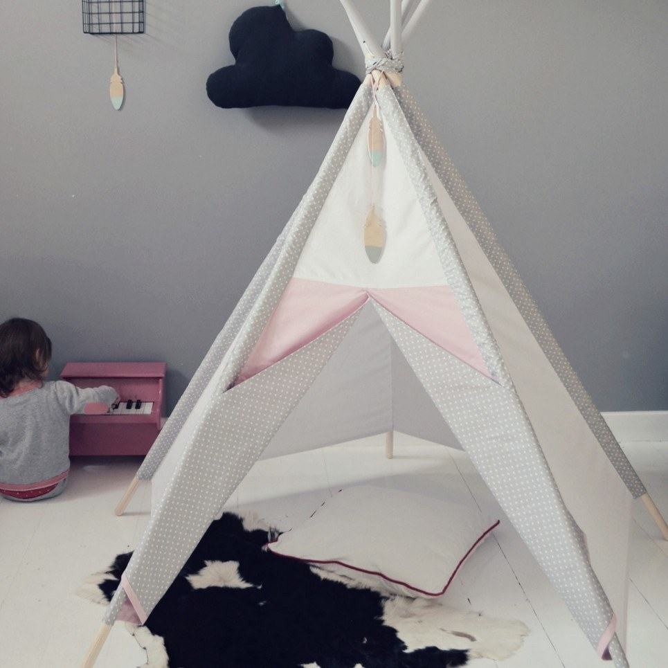 Gray Dots Children's Play Teepee