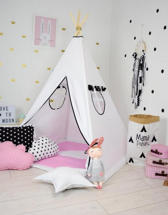 A perfect hideaway for tiny people, the Happy White Children's Teepee Set gives your little one the space they need to let their imagination flow.