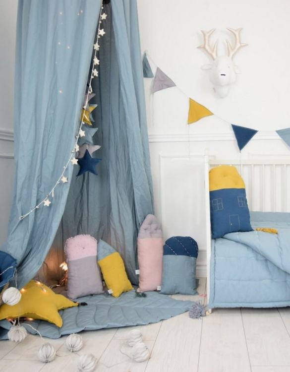 A perfect way to add a touch of magic to a bedroom or nursery, the Scandinavian Sun Decorative Pillow would make a wonderful gift for a new baby girl, christening, or naming day and would be the perfect finishing touch for a child's nursery or bedroom.