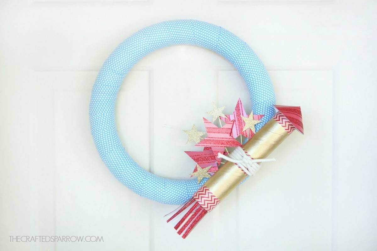 4th of July wreath is a must have for any door because everyone should know that we love this holiday and it's coming not only to our homes but also to our hearts.
