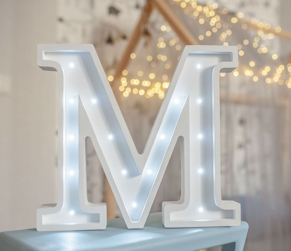 Letter M Marquee Light Sign – 7